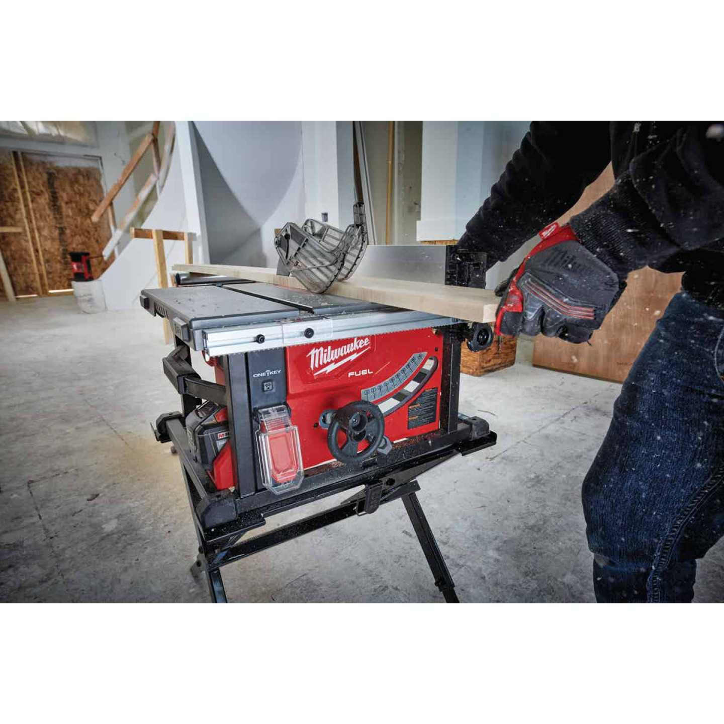 Milwaukee M18 FUEL 18-Volt Lithium-Ion Brushless 8-1/4 In. Cordless Table Saw Kit, ONE-KEY Compatible Image 2