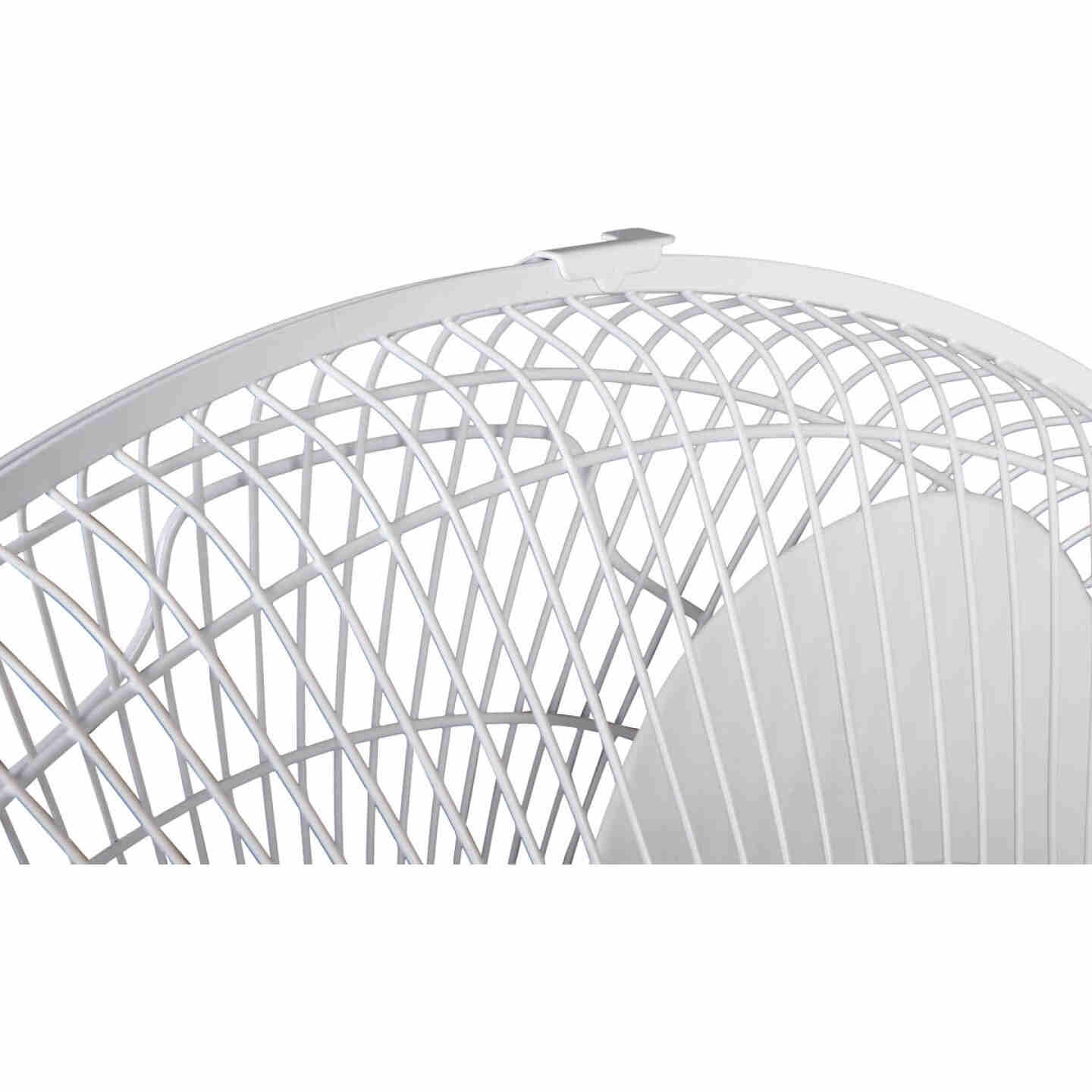 Best Comfort 16 In. 3-Speed Extends to 49 In. H. White Oscillating Pedestal Fan Image 4